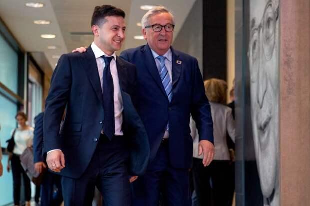 Изъясняясь на ломаном английском, Зеленский в Брюсселе подтвердил стремление Украины в НАТО