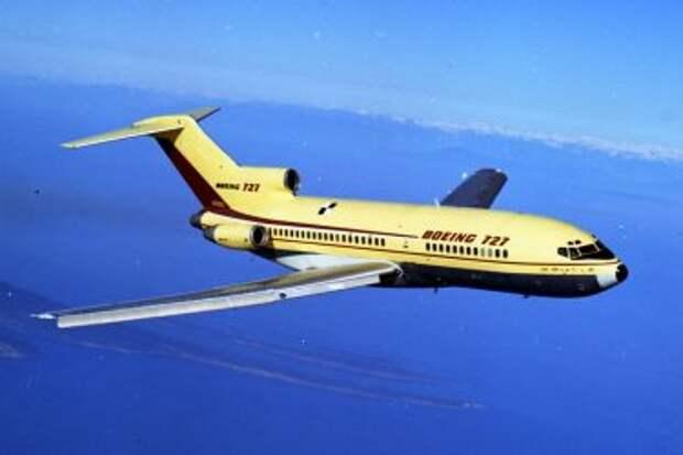 Boeing 727-100 во время первого полёта