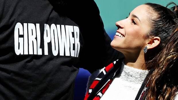 Скандал! В Великобритании издеваются и бьют юных гимнасток