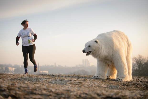 0057 По улицам медведя водили