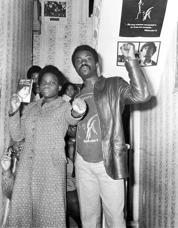 Социальные конфронтации в США 1960-х - 1970-х годов: Леворадикальная Партия черных пантер   (31)