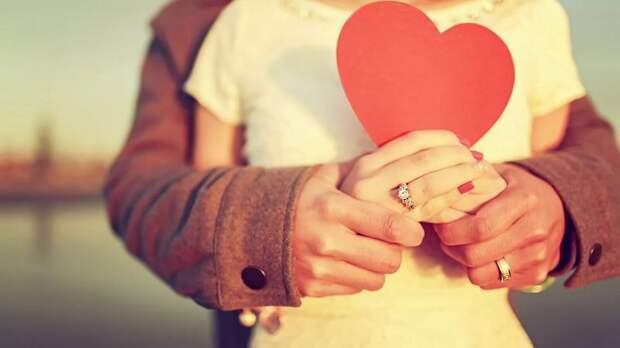 На мужскую сексуальность влияет «женский» гормон любви
