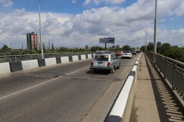 В Краснодаре для строительства нового Яблоновского моста перекладывают коммуникации