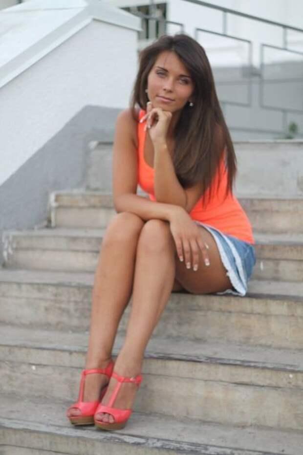 Красивые девушки из социальных сетей (50 фото)
