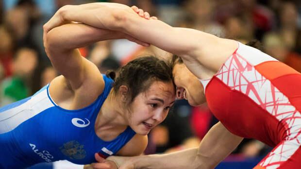 Россиянки завоевали пять медалей ЧЕ в вольной борьбе