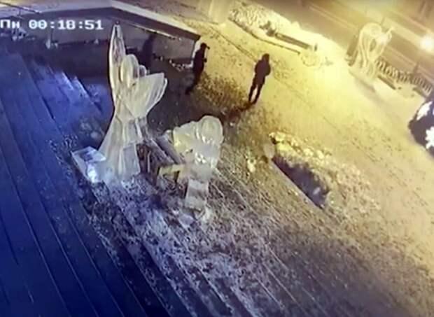 Жителя Ижевска оштрафовали за разрушение ледяной скульптуры святого Иосифа