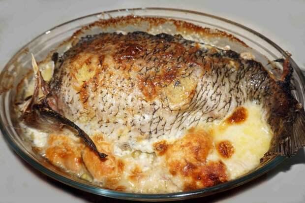 Лещ по-русски – фаршированный пшёнкой с грибами и яйцами