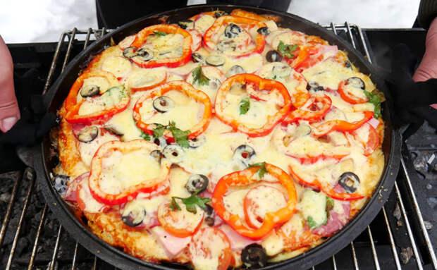 Пицца без теста для ленивых. Вместо коржа раскладываем куски багета, а потом добавляем начинку