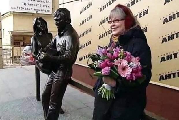 Как сегодня выглядит 82-летняя муза Высоцкого Марина Влади