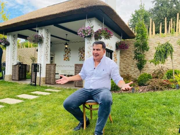 На Саакашвили в ресторане напали с заточкой