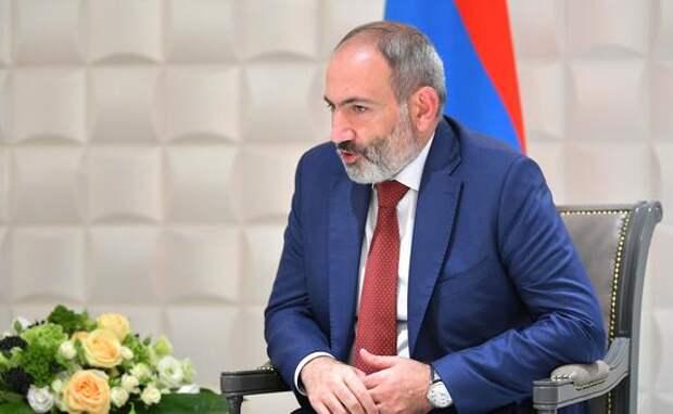 Премьер Армении Никол Пашинян подал в отставку c определённой целью