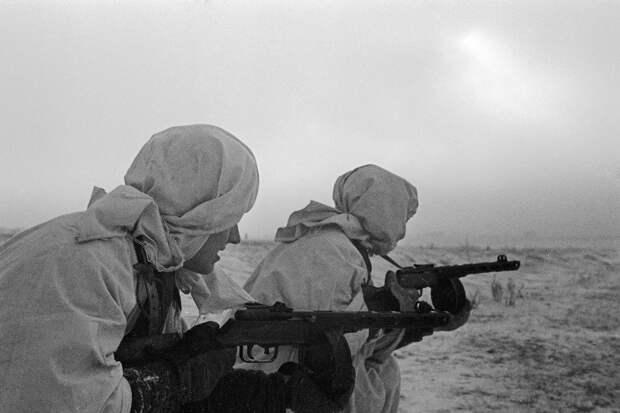 Красная армия 80 лет назад приняла на вооружение легендарный автомат ППШ