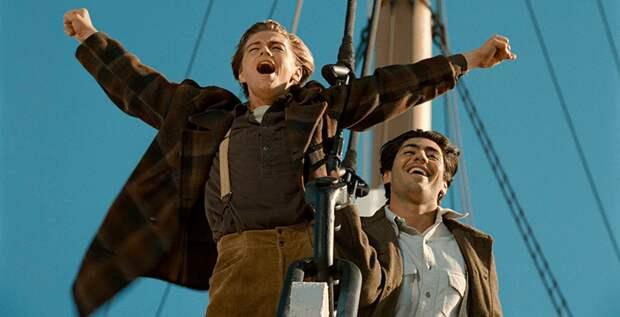 Леонардо Ди Каприо спас человека, который упал за борт