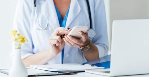 В Москве врачи ежедневно проводят более 5 тыс. телеконсультаций для пациентов с COVID-19