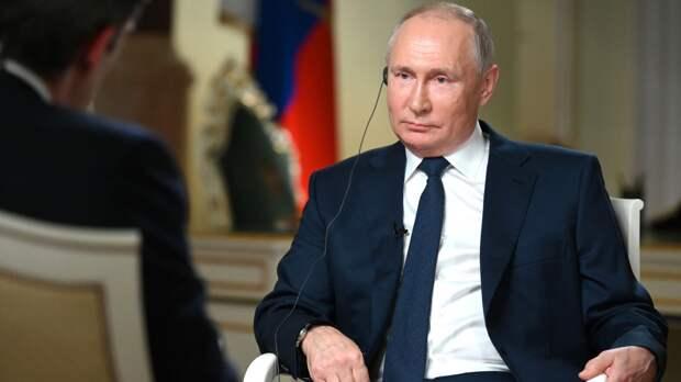 """""""Успешный лидер"""": республиканцы в США объяснили симпатию к Путину"""