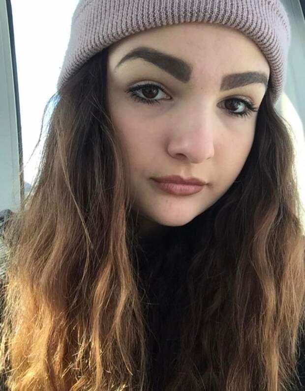 Девушки, которые не постеснялись показать свой самый неудачный макияж