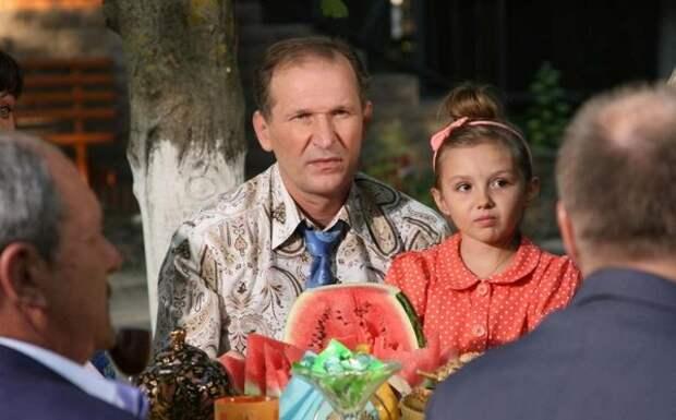 """Как живет Федор Добронравов из сериала """"Сваты"""""""