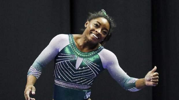 В России отреагировали на заявление о постоянно хихикающей гимнастке из США Байлз