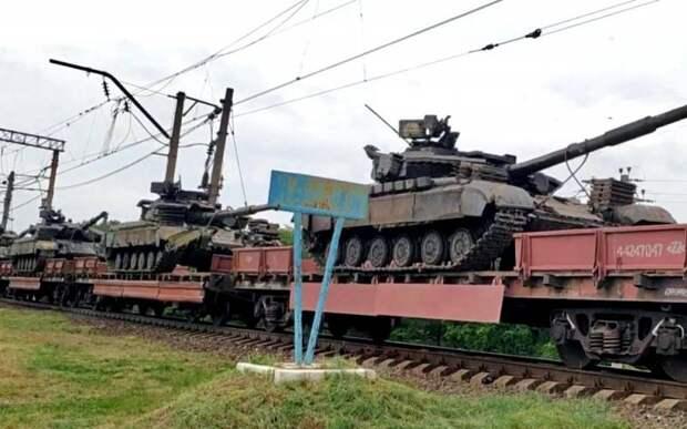 Эшелоны техники ВСУ выдвинулись на Крым, Россия в ответ направила свои