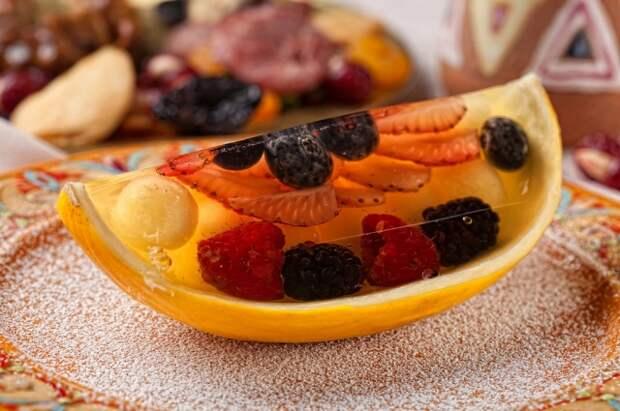 Тунец, гранат и авокадо. 9 полезных блюд для новогоднего стола