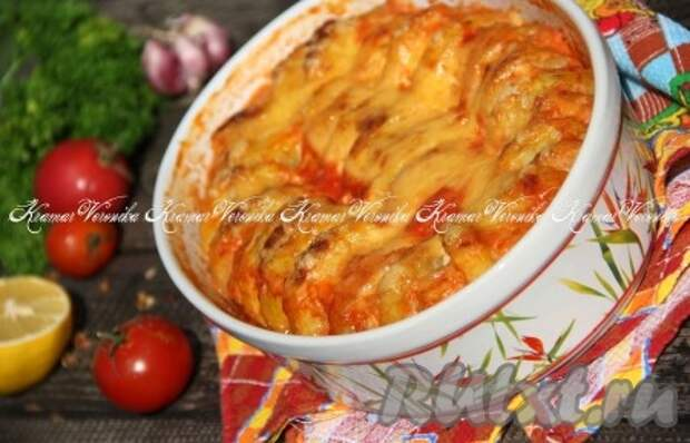 Котлеты с картошкой в соусе в духовке