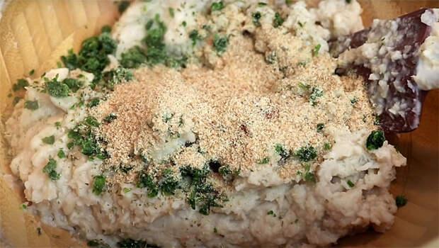 Смешиваем фасоль и хлеб в блендере: тефтели без мяса требуют 10 минут и не отличимы от куриных