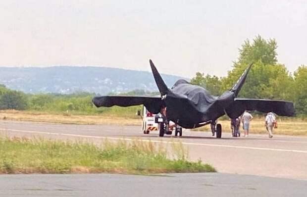 Фото нового российского боевого самолета опубликованы в Сети