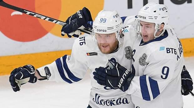 Такого не было 10 лет! Защитник «Динамо» Сергеев положил хет-трик в плей-офф КХЛ, в одиночку обыграв «Северсталь»