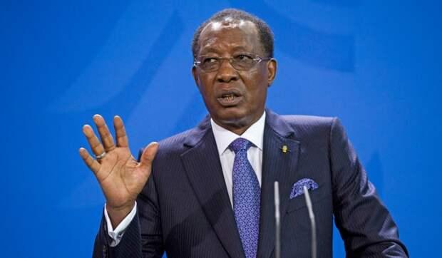 Эксперты указали на возможную связь США с гибелью президента Чада