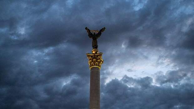 Россия получила контроль над украинской экономикой, заявил эксперт
