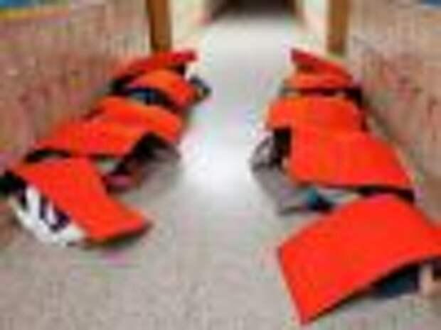 Пуленепробиваемое одеяло защитит детей от стихийных бедствий