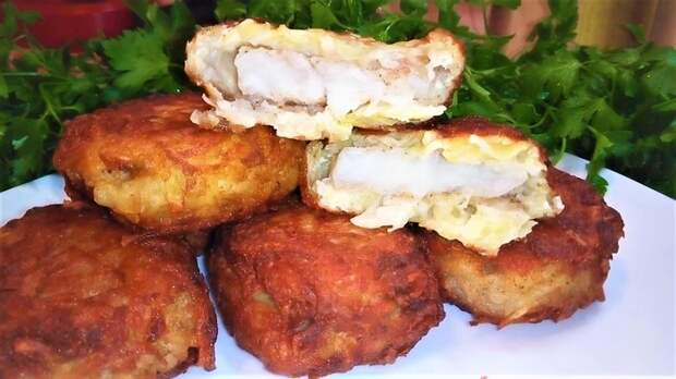 Рыба в картофельной шубе Рыба, Рыба в кляре, Минтай, Ужин, Кулинария, Рецепт, Видео рецепт, Еда, Видео, Длиннопост