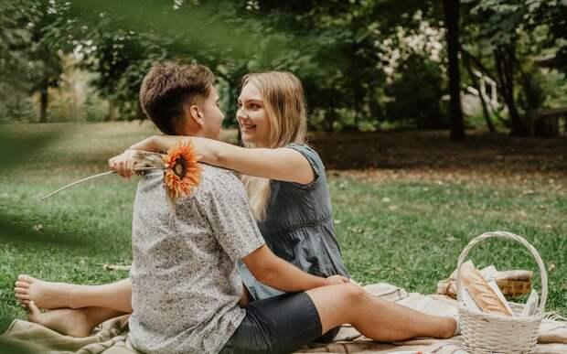 Ранние отношения. Бывает ли любовь в 17 лет?