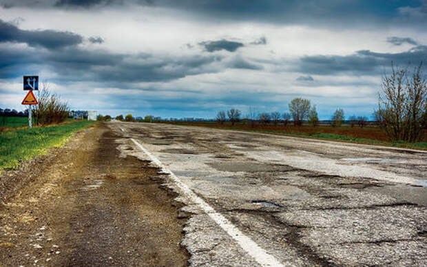 Будущее наших дорог: платных все больше, обычные — все хуже