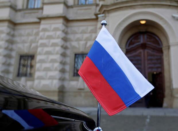 Страны Прибалтики объявили о высылке российских дипломатов: Москва ответит тем же