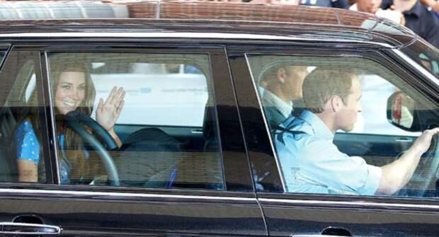 Внедорожник Range Rover принца Уильяма и Кейт Миддлтон выставят на торги