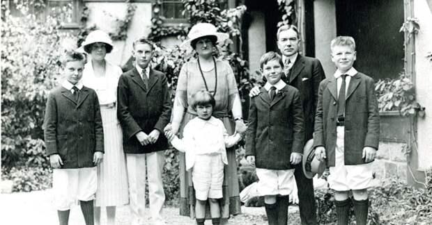 Семья Рокфеллер рассказала, как воспитывать детей, чтобы они стали еще богаче