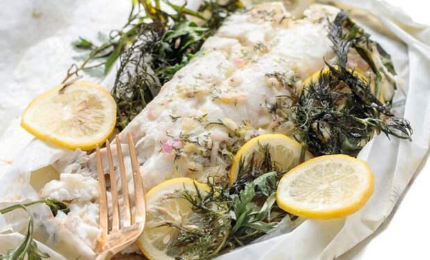 Рыба больше не пригорает: заворачиваем для духовки в бумагу