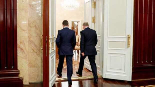 «Кто-то хотел перца задать». Новая должность Медведева прекратила падение акций