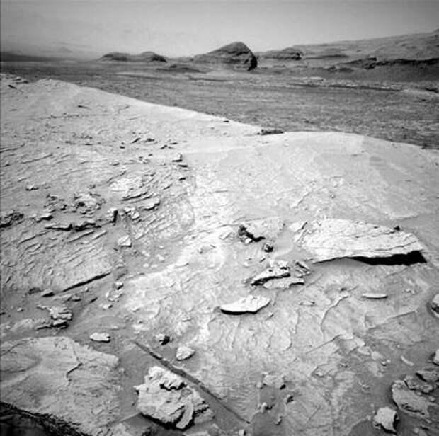 Марс, Curiosity, 3088-3089 сол: Прекрасный вид с вершины горы Мон-Мерку