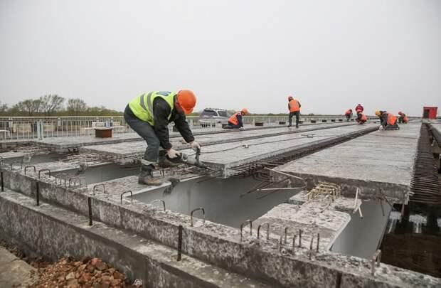 В Приморье начали ремонтировать краевые дороги