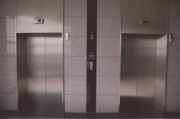 «Адский» лифт на Некрасовской привели в порядок