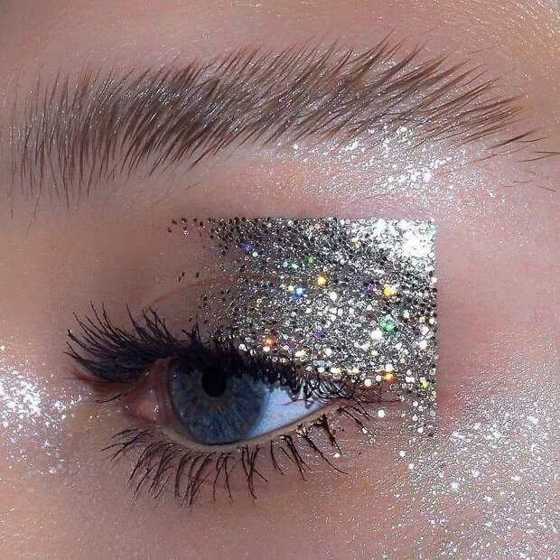 5 идей для выразительного новогоднего макияжа
