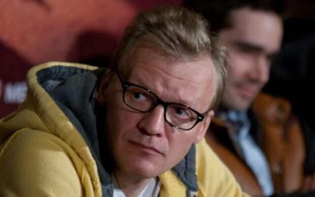 Оскорбивший российских военных актер Серебряков получил ответ от Шахназарова