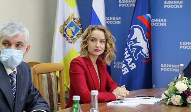 Волонтеров «Единой России» научили выигрывать выборы