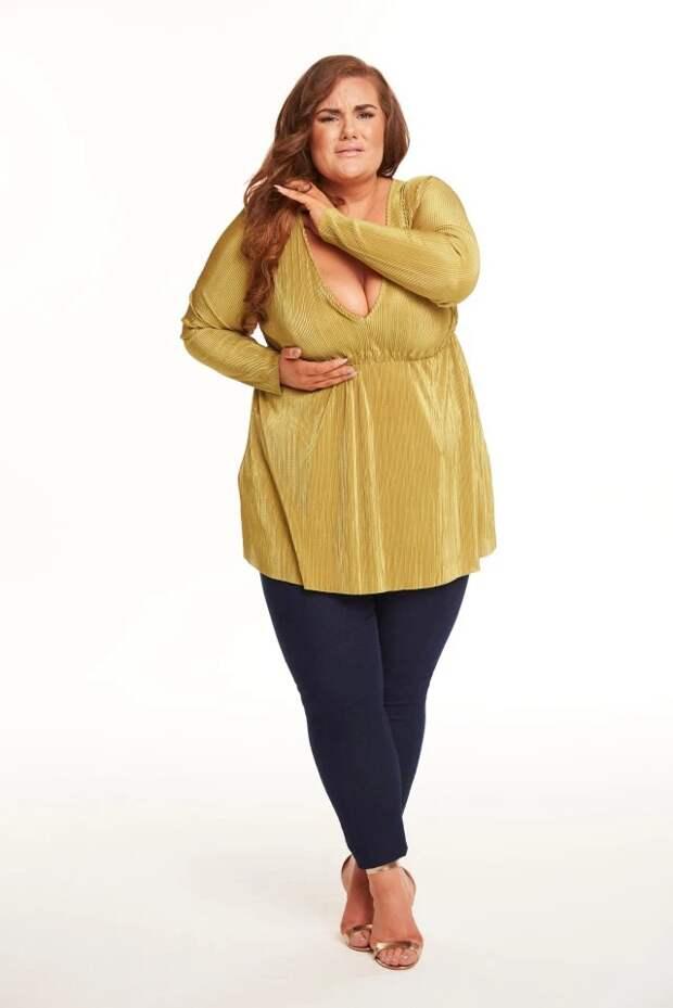 Большая грудь— большие проблемы: обладательницы роскошного бюста жалуются напостоянный дискомфорт