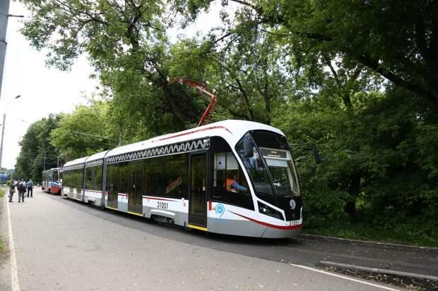 Движение трамваев в Южном Тушине восстановлено после сбоя