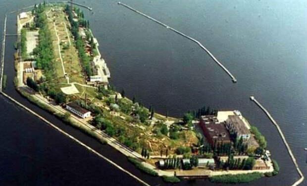 Секретный остров в Украине: здесь тренировали людей-амфибий