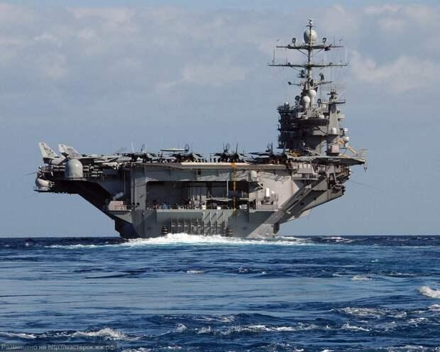 Хуаньцю шибао (Китай): США отправили два авианосца, чтобы напугать Россию, а она пригрозила превратить их в живые мишени