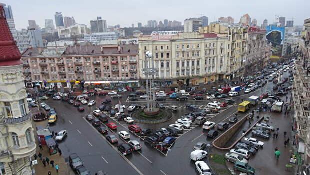 Площадь Льва Толстого в Киеве, Украина. Архивное фото